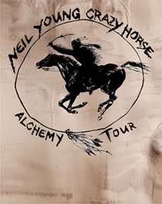 NEIL YOUNG<br>& CRAZY HORSE